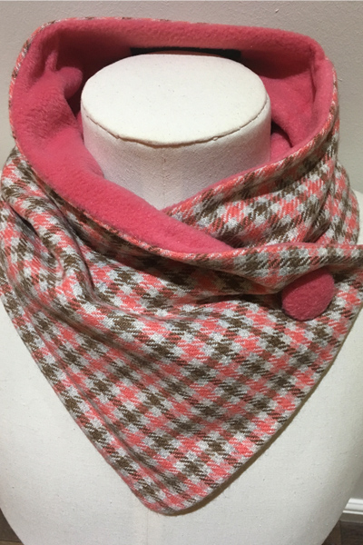 Coral Cream Check Pure Wool Unfringed Neckwarmer