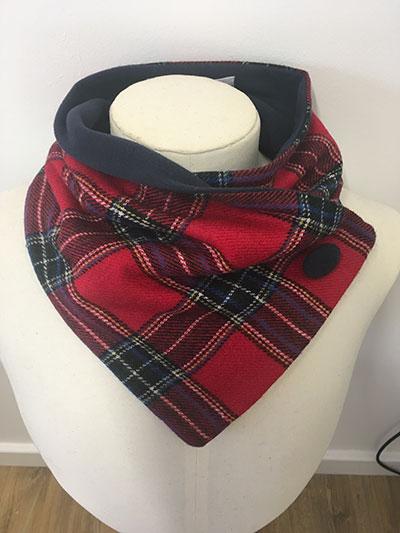 Red_Stuart_Tartan_Unfringed Neckwarmer