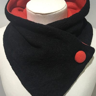Pure_wool_unfringed_Black_Red